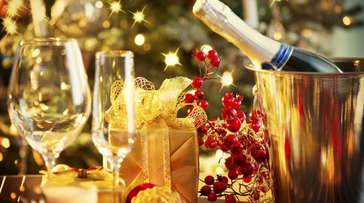 1608x900_christmas-food-and-wine